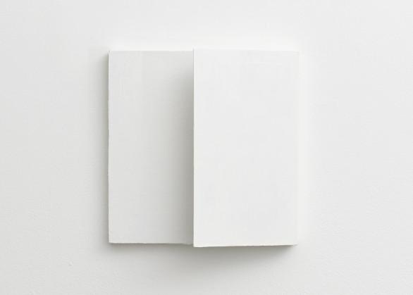 Fernanda Gomes, Untitled, 2017
