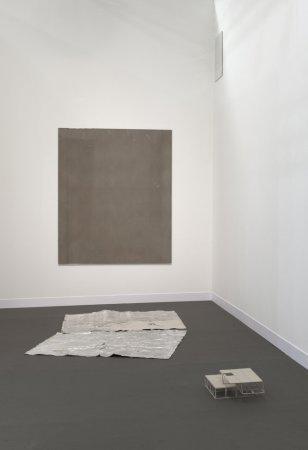 IL Baciamano: brown, 2011