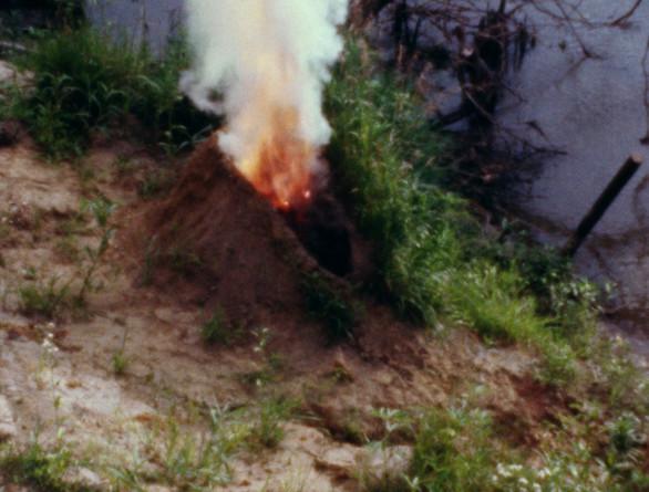Ana Mendieta, Volcán, 1979