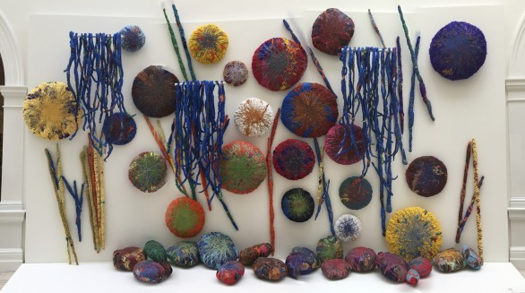 Sheila Hicks, The Embassy of Chromatic Delegates, 2015-2016