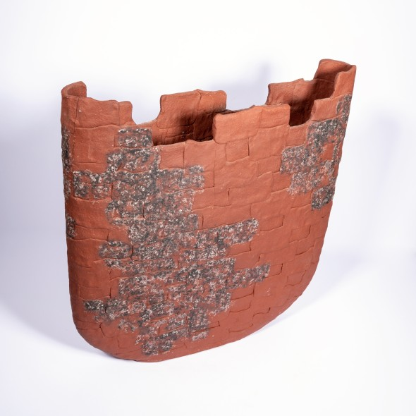 <span class=%22title%22>Castellated vase</span>