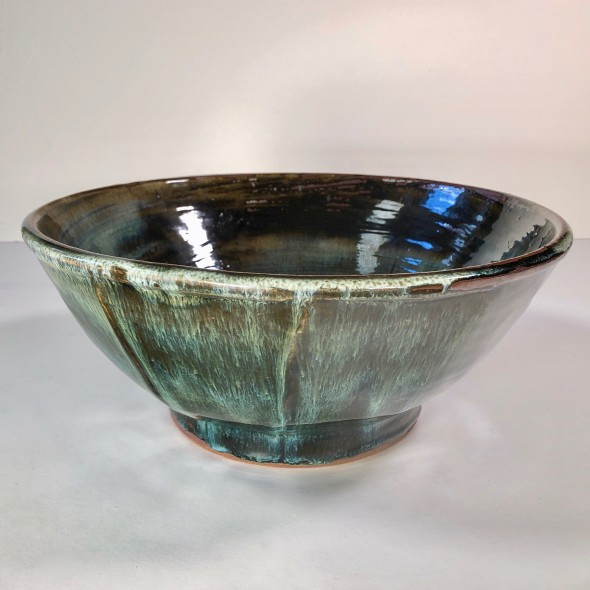 <span class=%22title%22>Large cut-sided bowl<span class=%22title_comma%22>, </span></span><span class=%22year%22>2019</span>