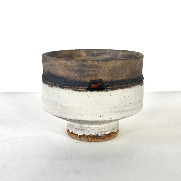 <span class=%22title%22>Footed bowl with bands</span>