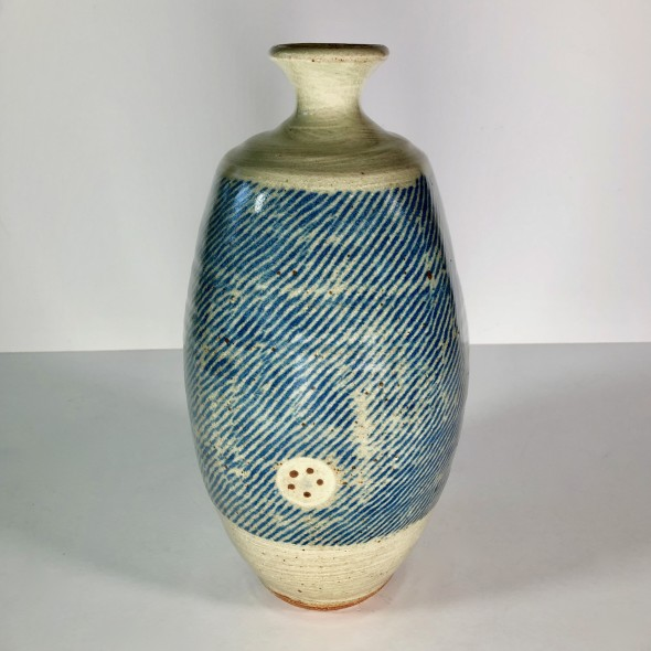 <span class=%22title%22>Paddled bottle (Four Small Circles)<span class=%22title_comma%22>, </span></span><span class=%22year%22>2019</span>