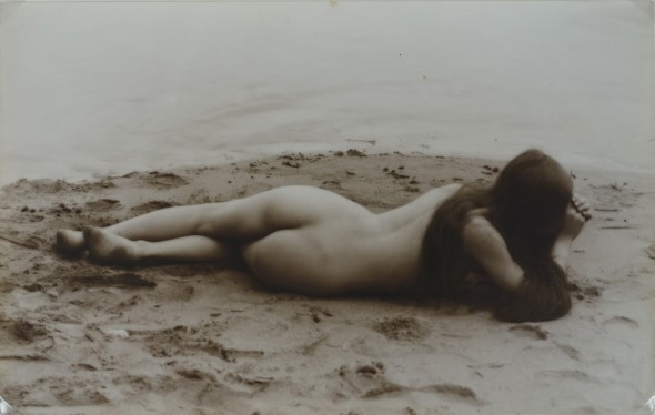 Female nude, back view, circa 1895