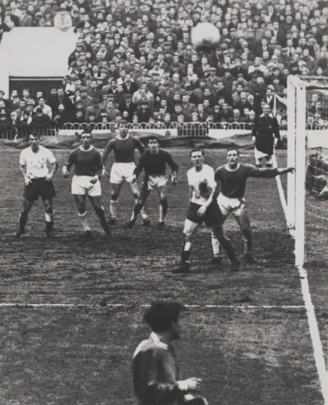 Tottenham vs Chelsea at White Hart Lane, 30th Dec 1961