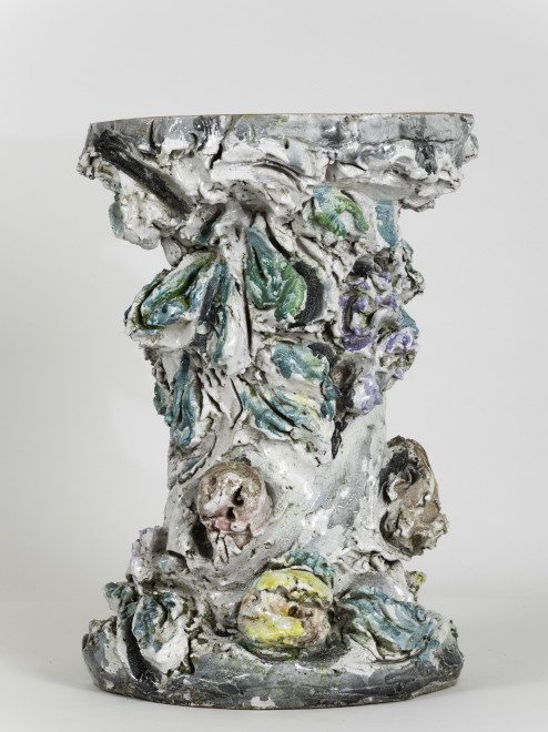 "<span class=""artist""><strong>Lucio Fontana</strong></span>, <span class=""title""><em>Gamba di Tavolino</em>, 1949</span>"