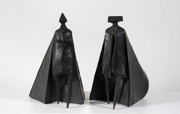 Lynn Chadwick, Walking Cloaked Figures VI, 1980
