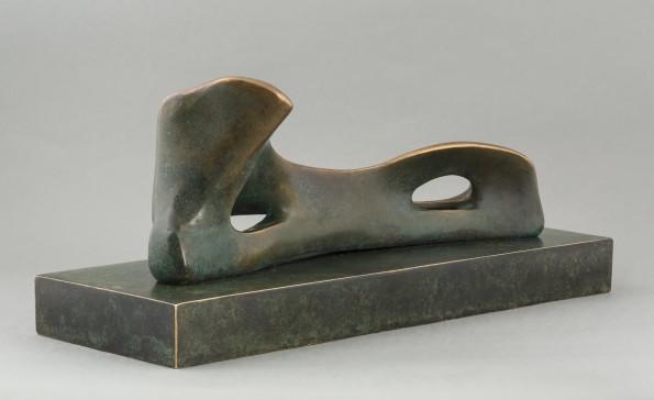 Henry Moore, Reclining Figure (Bone), 1974