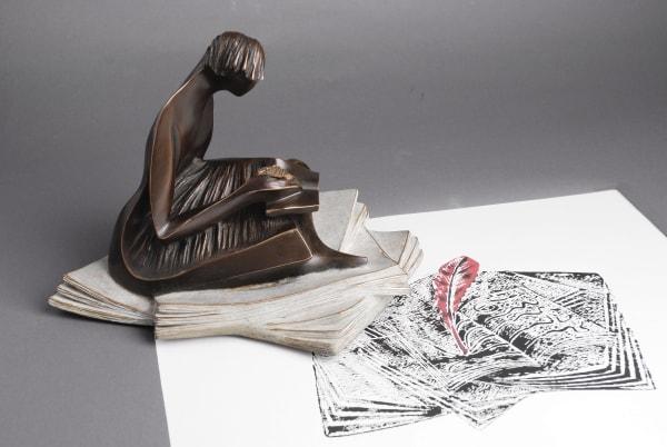 jean pierre baldini, scribe, sculpture, bronze, art thema, heyi gallery, art brussels, woman