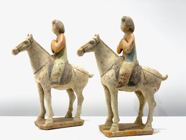 Chinese painted pottery, fat lady rider on horse, equestrian pottery, tang dynasty, antique horse, pottery lady, pottery equestrian, chinese horse, chinese antique, china antique, tang antique, pottery antique, horse antique, warrior horse pottery, warrior horse status, horse status, interior design, home decoration, art thema heyi, brussels art gallery, asian antique, royal horse
