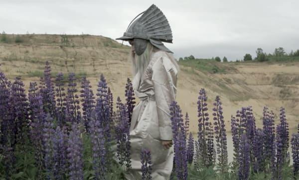 Юлдус Бахтиозина на выставке Художник/Рыцарь (The Artist/Knight) в Бельгии