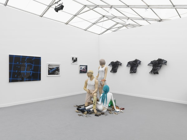 Frieze | Focus