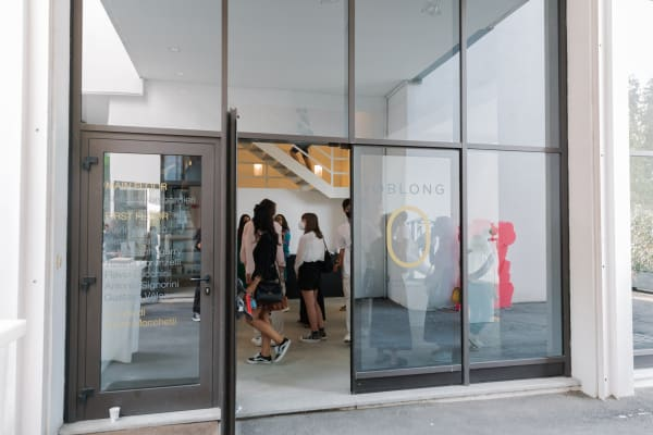 Oblong's first exhibition in Milan