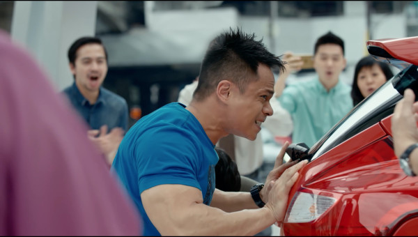 <p>Caltex </p><p>'Hovercar'</p><p>Directed by Liam & Grant</p>  <p>Edit & Sound design Jerry Chater</p>  <p>Y&R SINGAPORE</p>