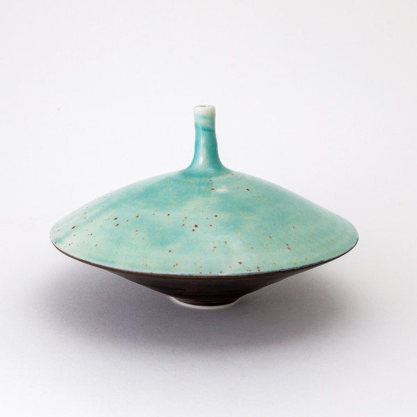 Hugh West, Flying Saucer Bottle Vase