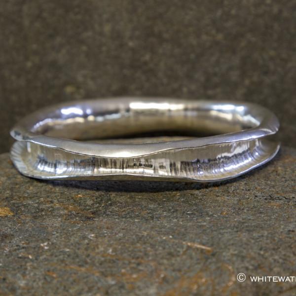 Marsha Drew, Wave Bangle in Silver