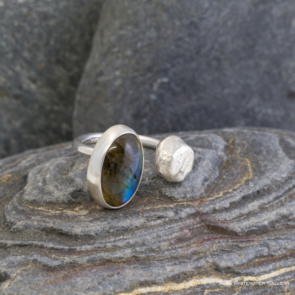 Marsha Drew, Pebble Ring with Labradorite