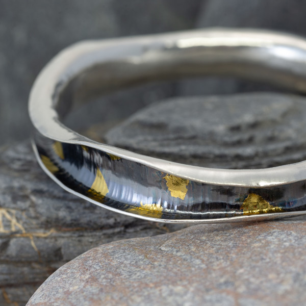 Marsha Drew, Wave Bangle in Oxidised Silver and 24k Gold Keum-Boo