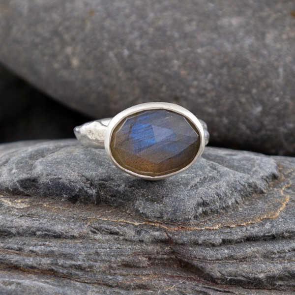 Marsha Drew, Oval Rustic Ring with Faceted Labradorite
