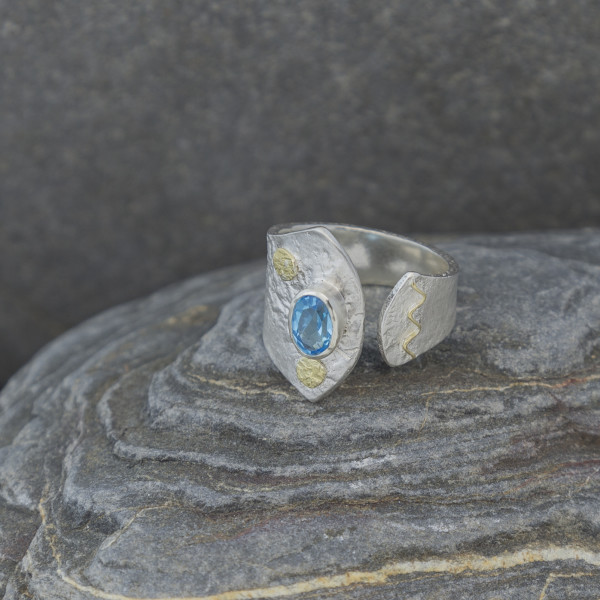 Marsha Drew, Textured Split Ring, Oval Swiss Blue Topaz with 18k Gold Detail