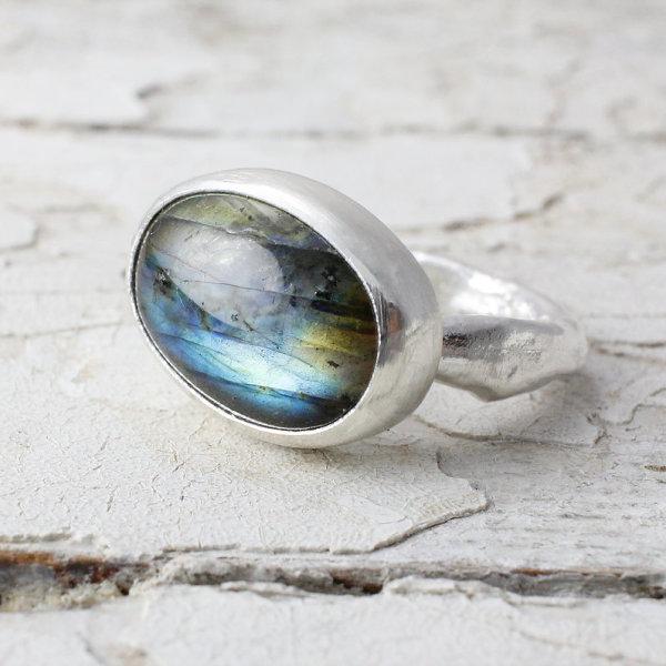 Marsha Drew, Large Oval Ring with Labradorite