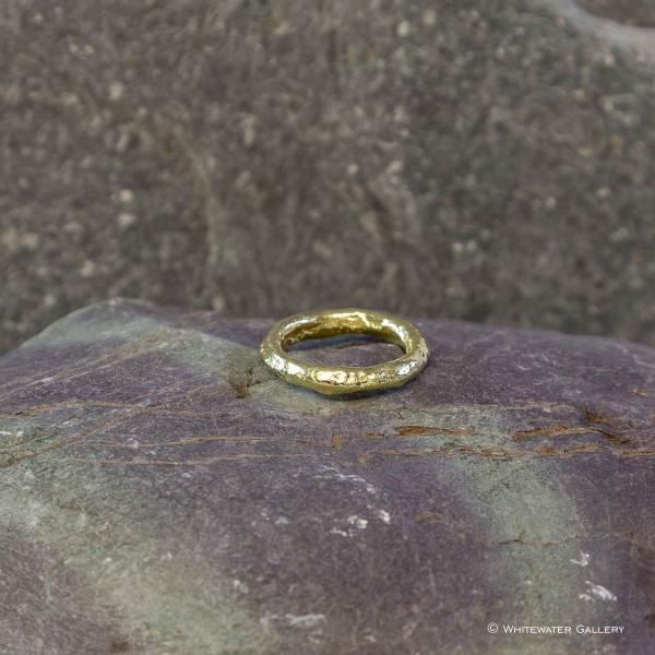 Marsha Drew, Rockpool Rustic Ring 18k Gold
