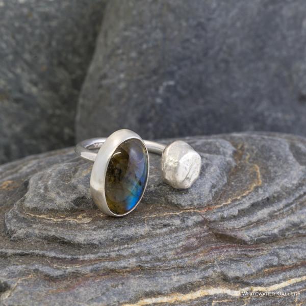 Marsha Drew, Pebble Ring with Labradorite