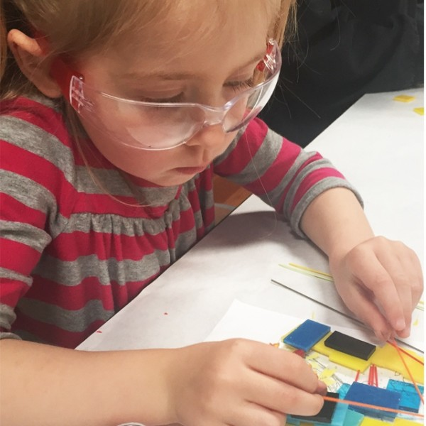 Glass Lab: Family Class, Ages 3-5, Free