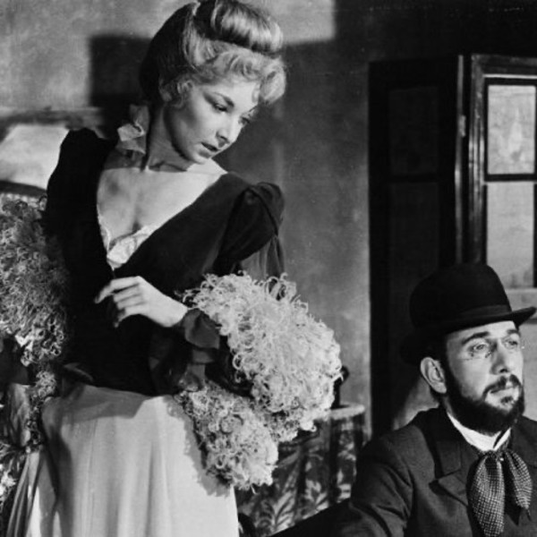 Jose Ferrer and Colette Marchand as Toulouse Lautrec and Marie Charlet