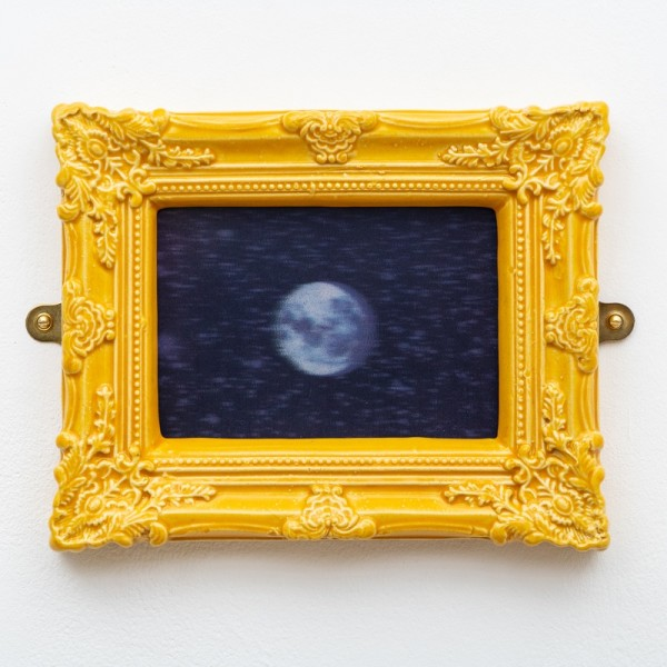 Richard Slee, Moon, 2015, Photo by Damian Griffiths