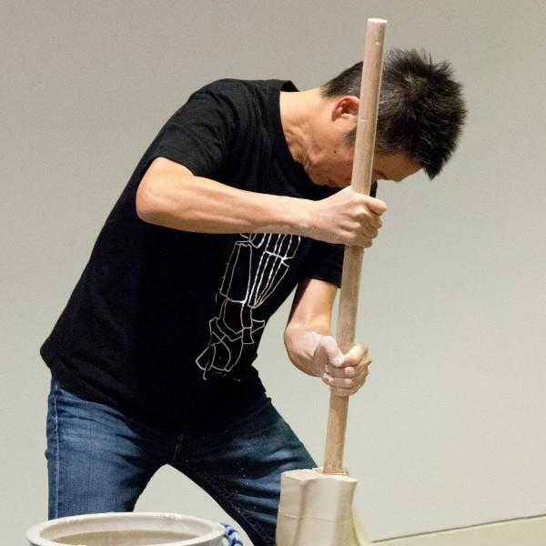 Documentation: Shozo Michikawa. Lecture and ceramic demonstration