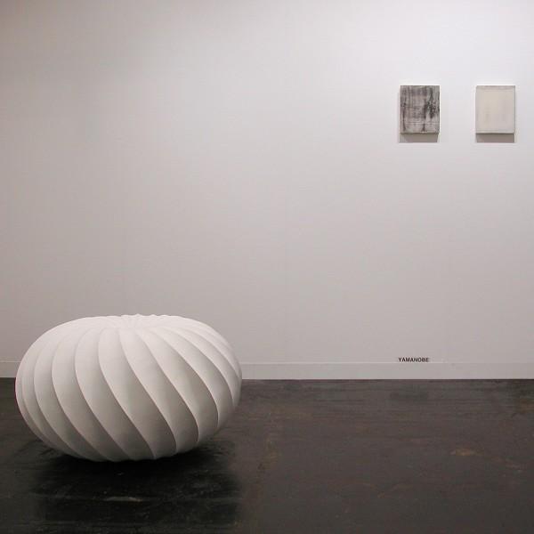 Ausstellungsansichten: Art Frankfurt 2004. Nasu, Nishikawa, J. Schön, Toyoda, Yamanobe, YU-ICHI