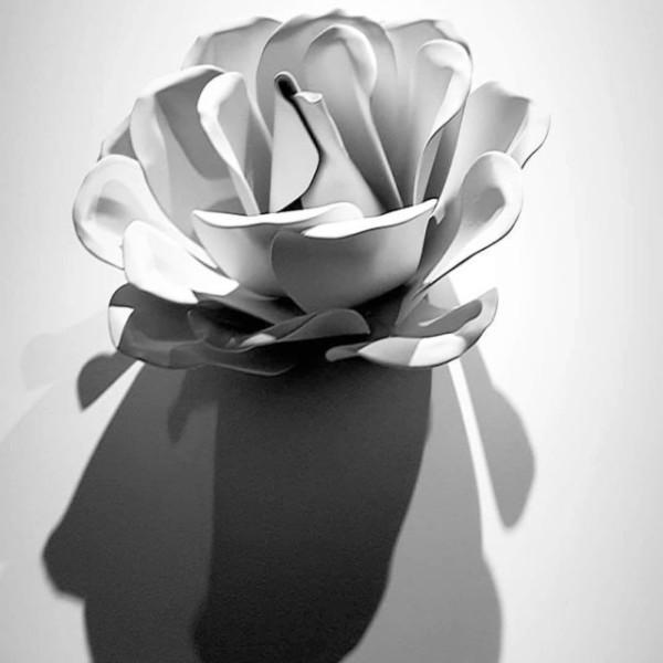 """""""Les Roses de Bagatelle"""", a homage to the Maison Guerlain"""