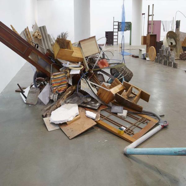 Abraham Cruzvillegas: Autodestrucción8: Sinbyeong at Art Sonje Center