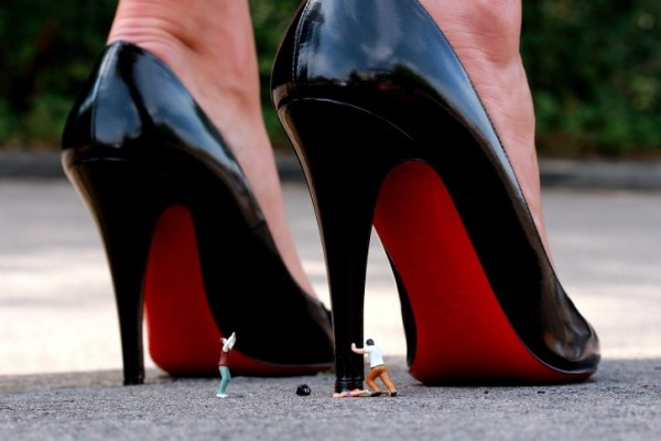 Roy's People, Killer Heels