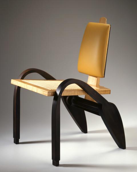 Garry Knox Bennett, Chair #881