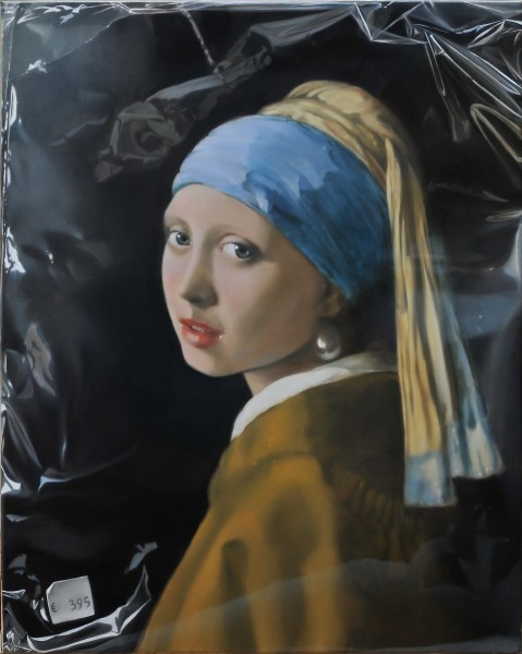 Tjalf Sparnaay, Girl with a Pearl Earring in Plastic