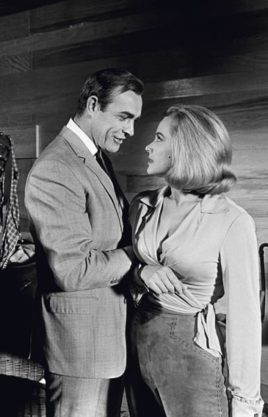 Honor Blackman and Sean Connery, 1964