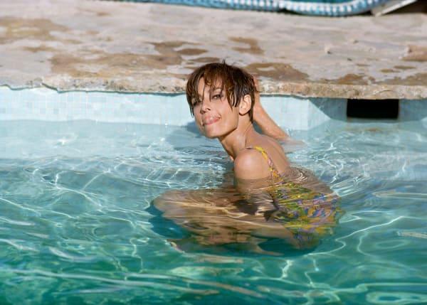 Audrey Hepburn in Pool , 1966