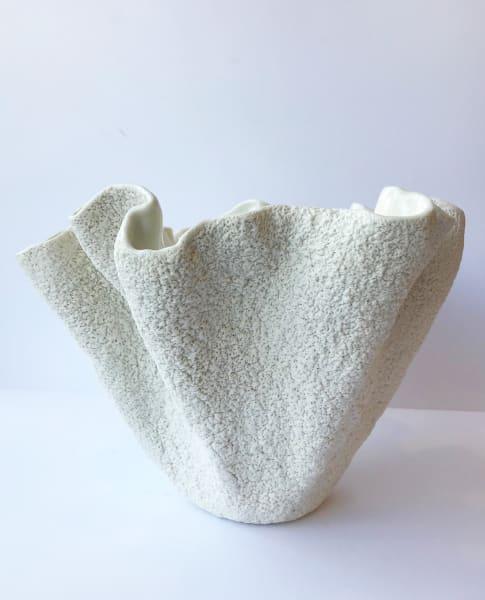 Emma Jagare, Wavy Coral Vase, 2019