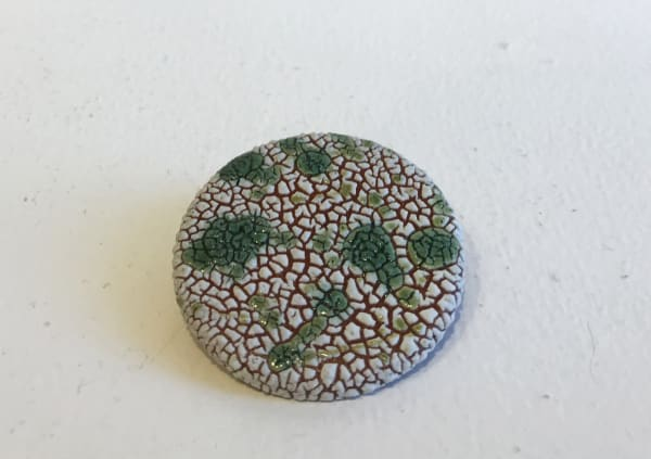 Emma Williams, Brooch in White and Green Splash