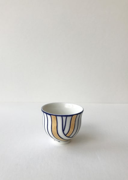 Rhian Malin, Layered Lines Teacup with 24k gold lustre, Small