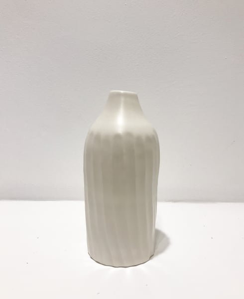 Linda Bloomfield, Medium White, Fluted Bottle