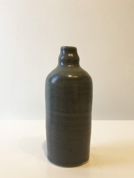 Medium Dark Grey, Fluted Bottle