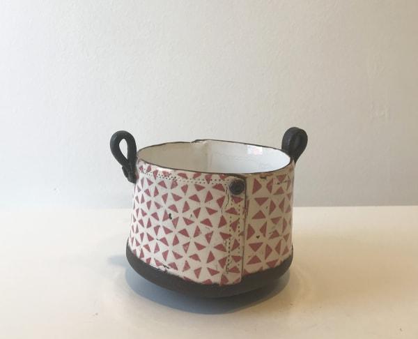 Pink Triangle, Tub Pot