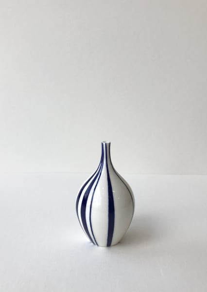 Rhian Malin, Ribbon Bottle, Small