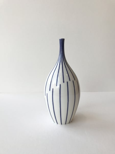 Rhian Malin, Twisted Lines Bottle, Medium