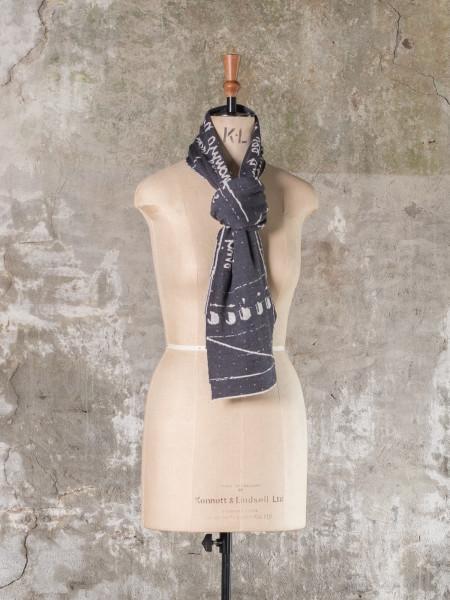 Nielanell by Niela Kalra, the byre scarf
