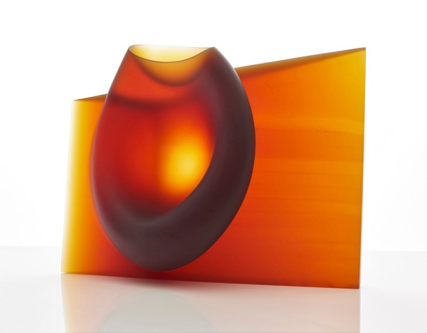 Ashraf Hanna, Amber red vessel form, 2015
